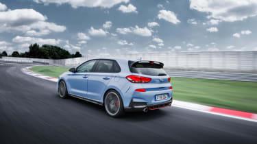 Hyundai i30 N rear tracking