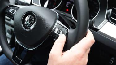 Long-term test review Volkswagen Passat Estate - steering wheel