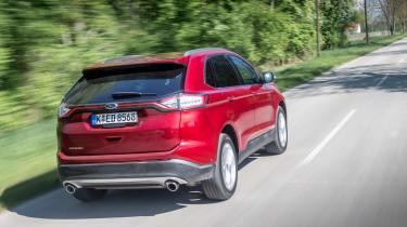 Ford Edge Titanium 2016 - rear tracking 2