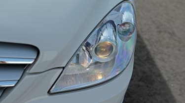 Used Mercedes B-Class - front light