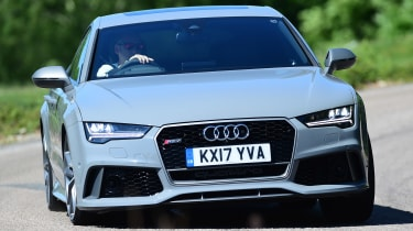 Audi RS7 Performance - front cornering