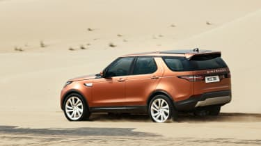 Land Rover Discovery 2017 - official off road 4