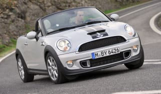 MINI Roadster Cooper S front cornering