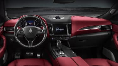 Maserati Levante GTS - interior