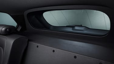 BMW X5 Protection VR6 - rear window