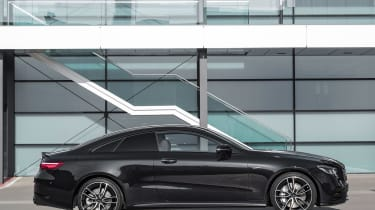 Mercedes-AMG E 53 Coupe - side