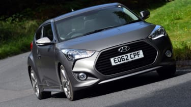 Hyundai Veloster Turbo front action