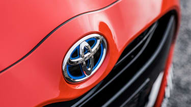 2020 Toyota Yaris - badge