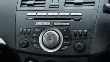 Used Mazda 3 - centre console