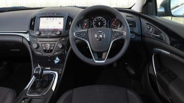 Vauxhall Insignia - dash