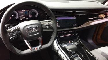 Audi Q8 - reveal dash