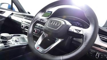 Used Audi Q7 - steering wheel