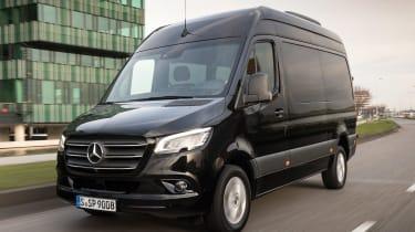 Mercedes Sprinter - front