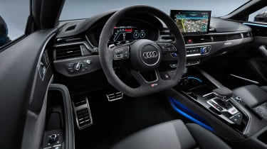 Audi RS 5 Coupe - dash