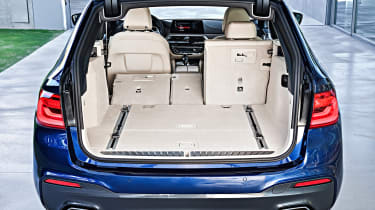 New BMW 5 Series Touring - boot seats down