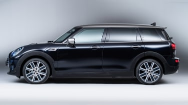MINI Clubman - studio side