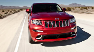 Jeep Grand Cherokee SRT8 front tracking