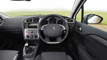 Fiat Tipo vs Skoda Rapid vs Citroen C4 - C4 interior