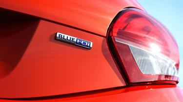 Peugeot 208 - badge