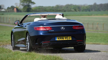 Mercedes S 500 Cabriolet 2016 - rear cornering