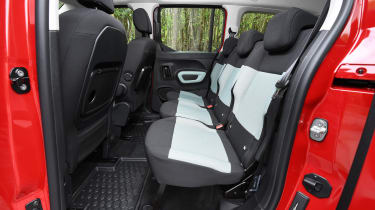 Citroen Berlingo XL Flair long termer - middle row seats