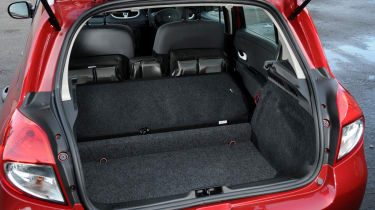 Renault Clio Pzaz boot