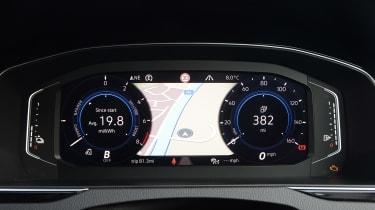 Volkswagen Passat GTE Estate - dials