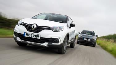 Renault Captur vs Citroen C4 Cactus - head-to-head