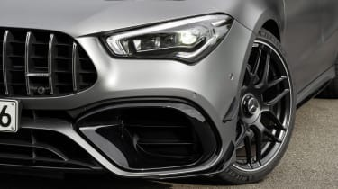 Mercedes-AMG CLA 45 - headlight