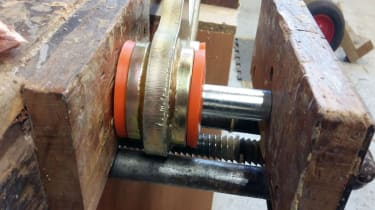 Fitting polybushes -2