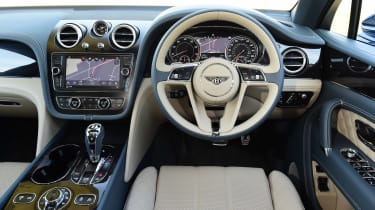 Bentley Bentayga - dash