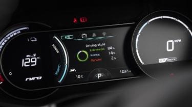 Kia e-Niro Mid Range - dials