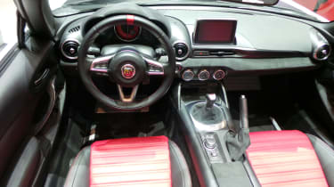 Abarth 124 Spider Geneva - interior