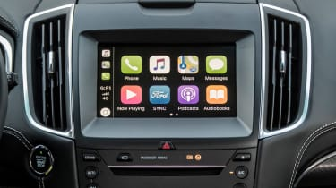 Ford Edge - Apple CarPlay