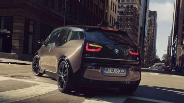BMW i3 120Ah - rear cornering