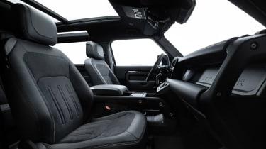 Land Rover Defender V8 - front seats