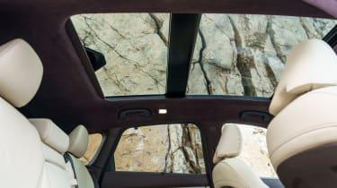 Infiniti QX50 - glass roof
