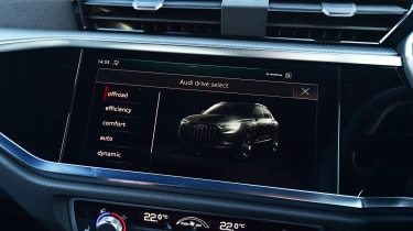 Audi Q3 - drive mode