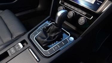 Volkswagen Passat - transmission