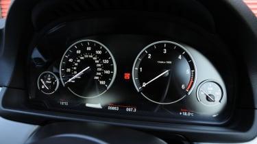 BMW 520d dials