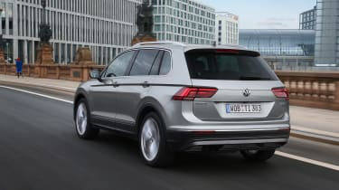 Volkswagen Tiguan 2016 - silver rear tracking