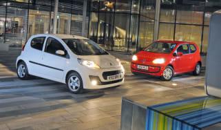 Peugeot 107 vs VW up!