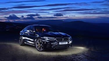 BMW M5 - dusk