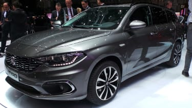 Fiat Tipo - Geneva show front/side