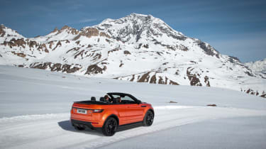 Range Rover Evoque Convertible mountain