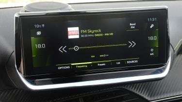 Peugeot 2008 - radio