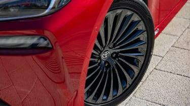 Toyota Mirai - wheel