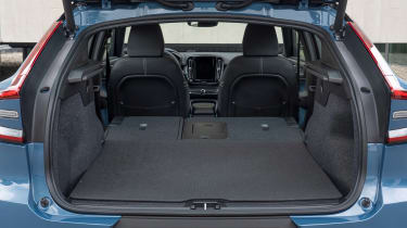 Volvo C40 Recharge - boot seats down