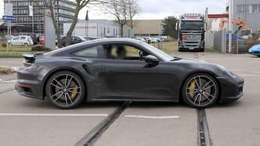 Porsche 911 Turbo S - spyshot 11