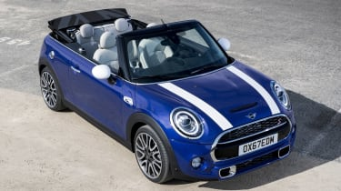 MINI Convertible - front static